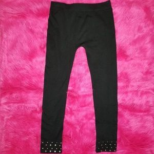 Black Cropped Capri Leggings With Studded Cuffs